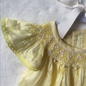 Other - Vintage style pastel yellow smocked dress size 5T